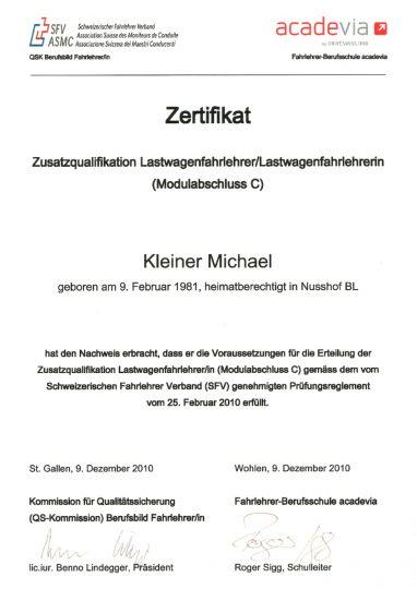 thumbnail of michael_kleiner_zertifikat_lastwagen_fahrlehrer