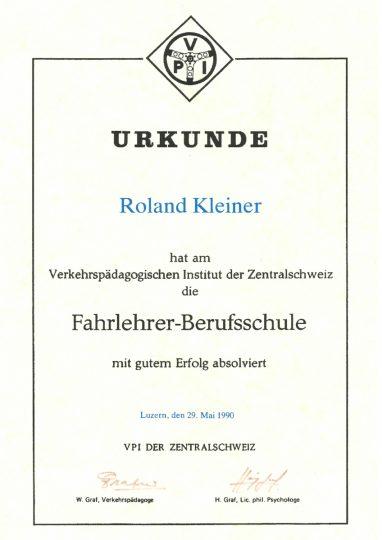thumbnail of roland_kleiner_diplom_fahrlehrer_berufsschule